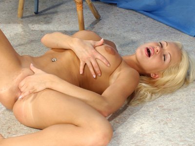 Lovely innocent solo beauty fingering her hungry pussy to orgasim